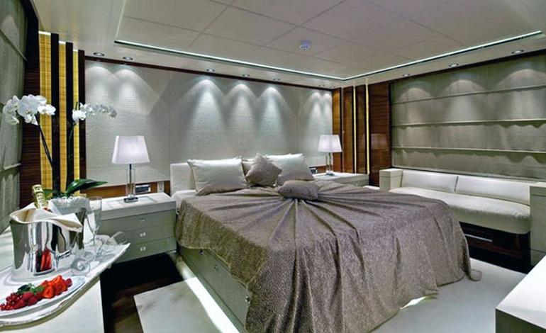 charter-goldenyachts02