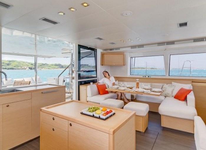 charter-lagoon56008