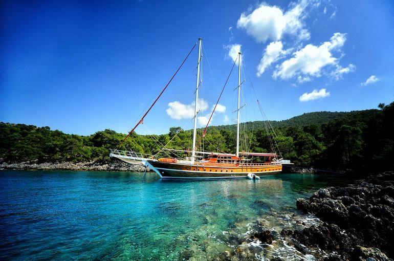 charter-balina-03