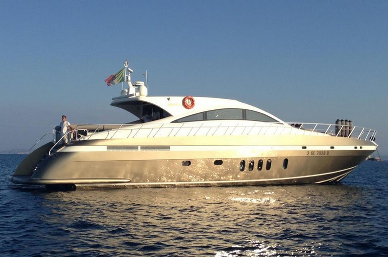 charter-yachtmind-02
