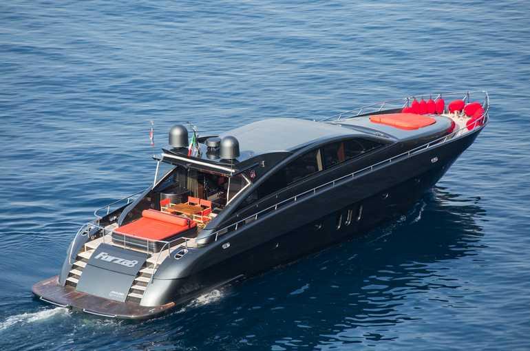 Motoryacht charter Jaguar 82 - AM Charter