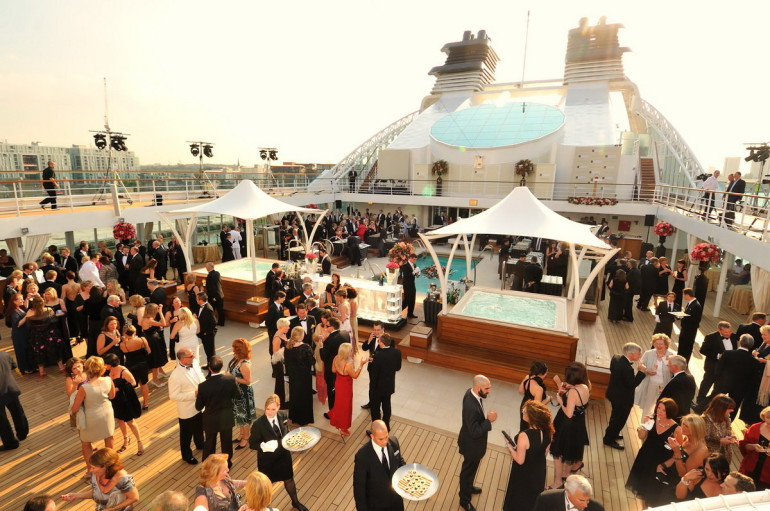 luxury yacht charter events