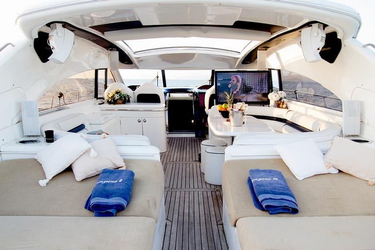 charter-manzana-05