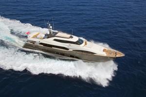 charter-Ferretti-124 -03
