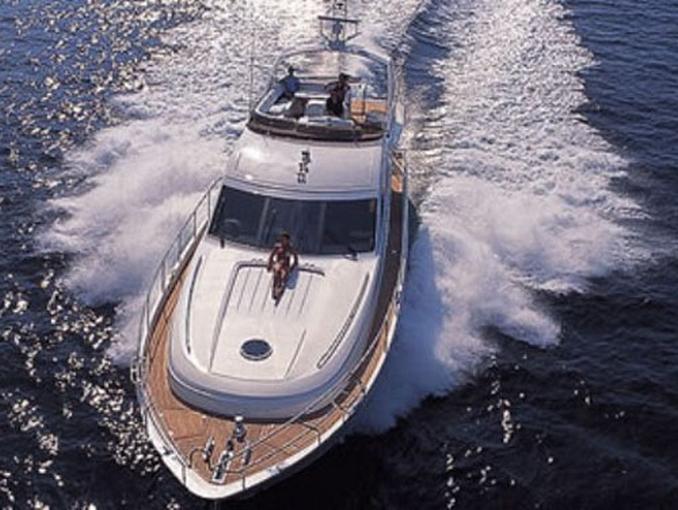 charter-princess-67-02