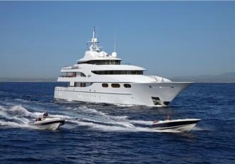 charter-capri-03