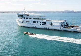charter-suri-03