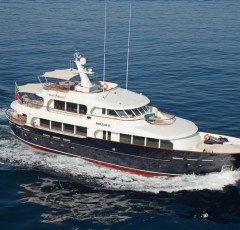 charter-Heliad-14