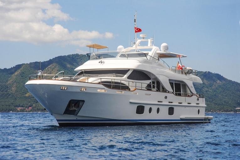 charter-rebecca-06