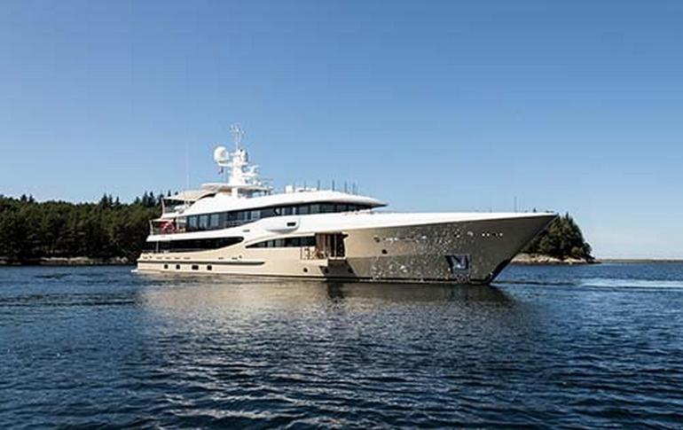charter-lili-02