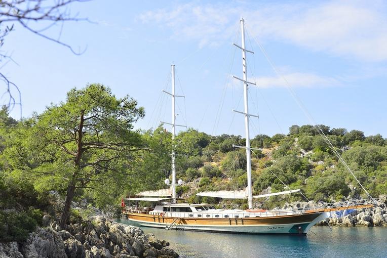 charter-lucedelmare-15