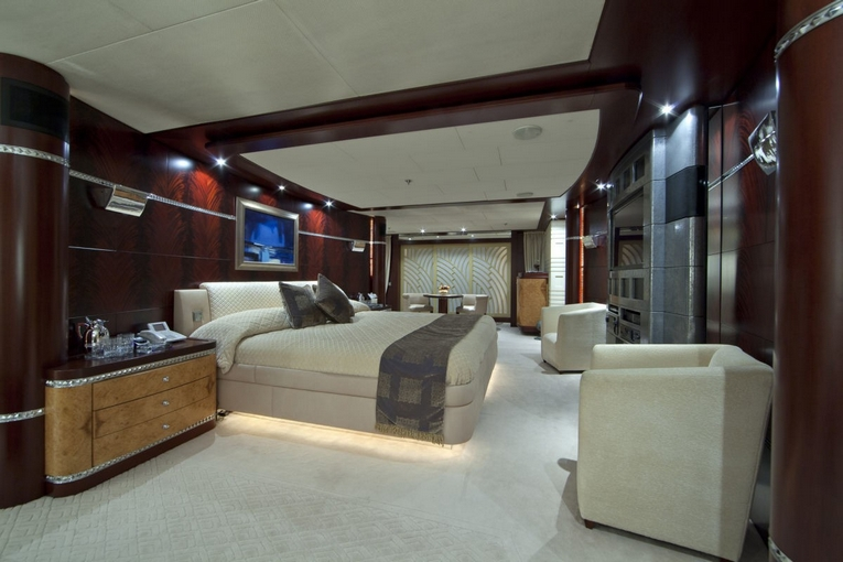 charter-sarah-18