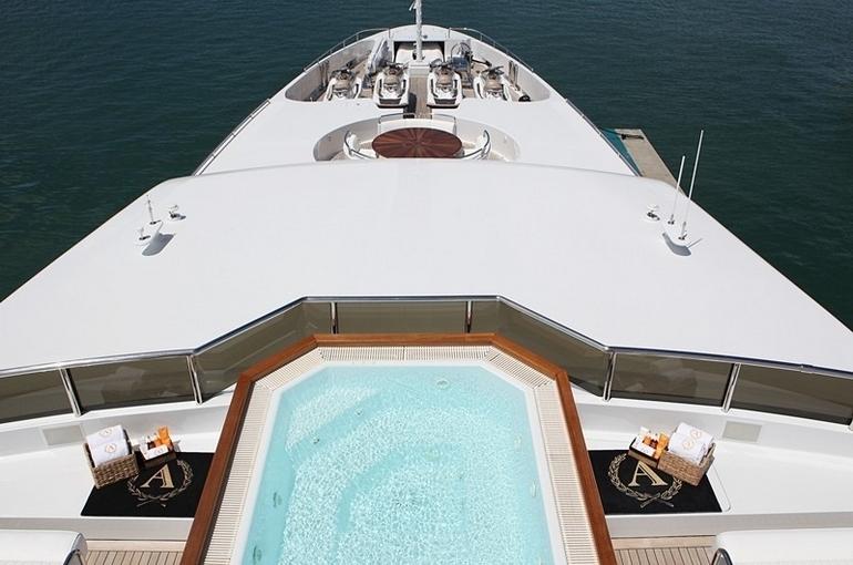 charter-apogee-09