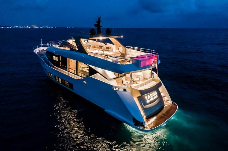 charter-Maiora 30 TABOO OF THE SEAS-04