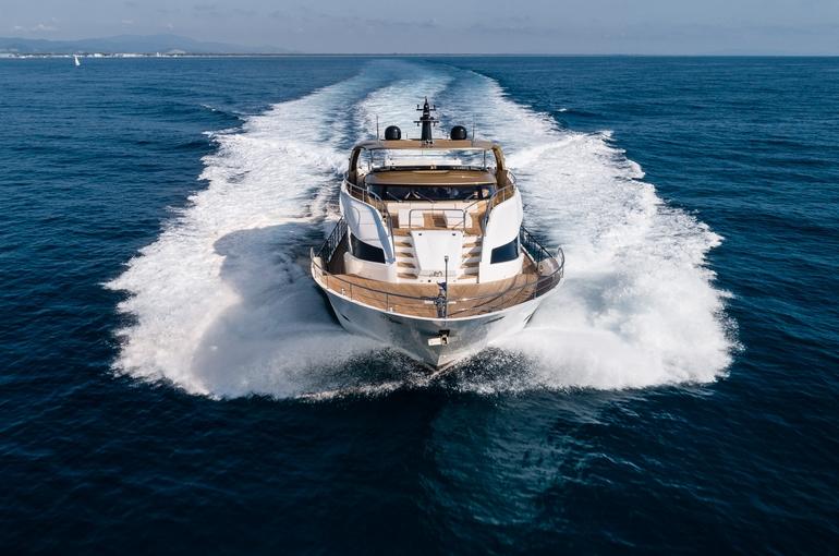 charter-Maiora 30 TABOO OF THE SEAS-08